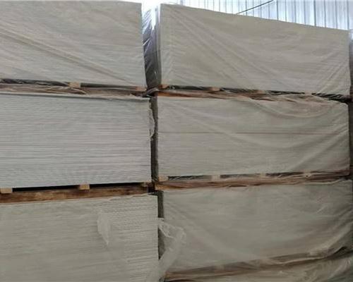 硫酸钡板的特点分析